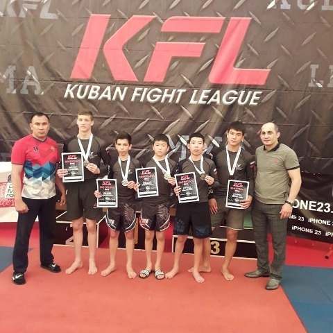 Калмыцкие спортсмены успешно выступили на турнире Kuban Fight League